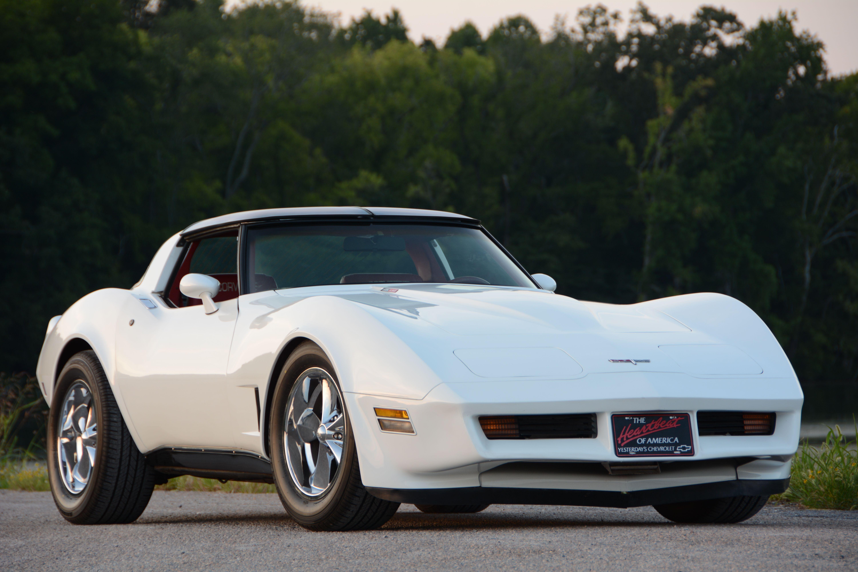 2-1980-chevrolet-corvette-front-view