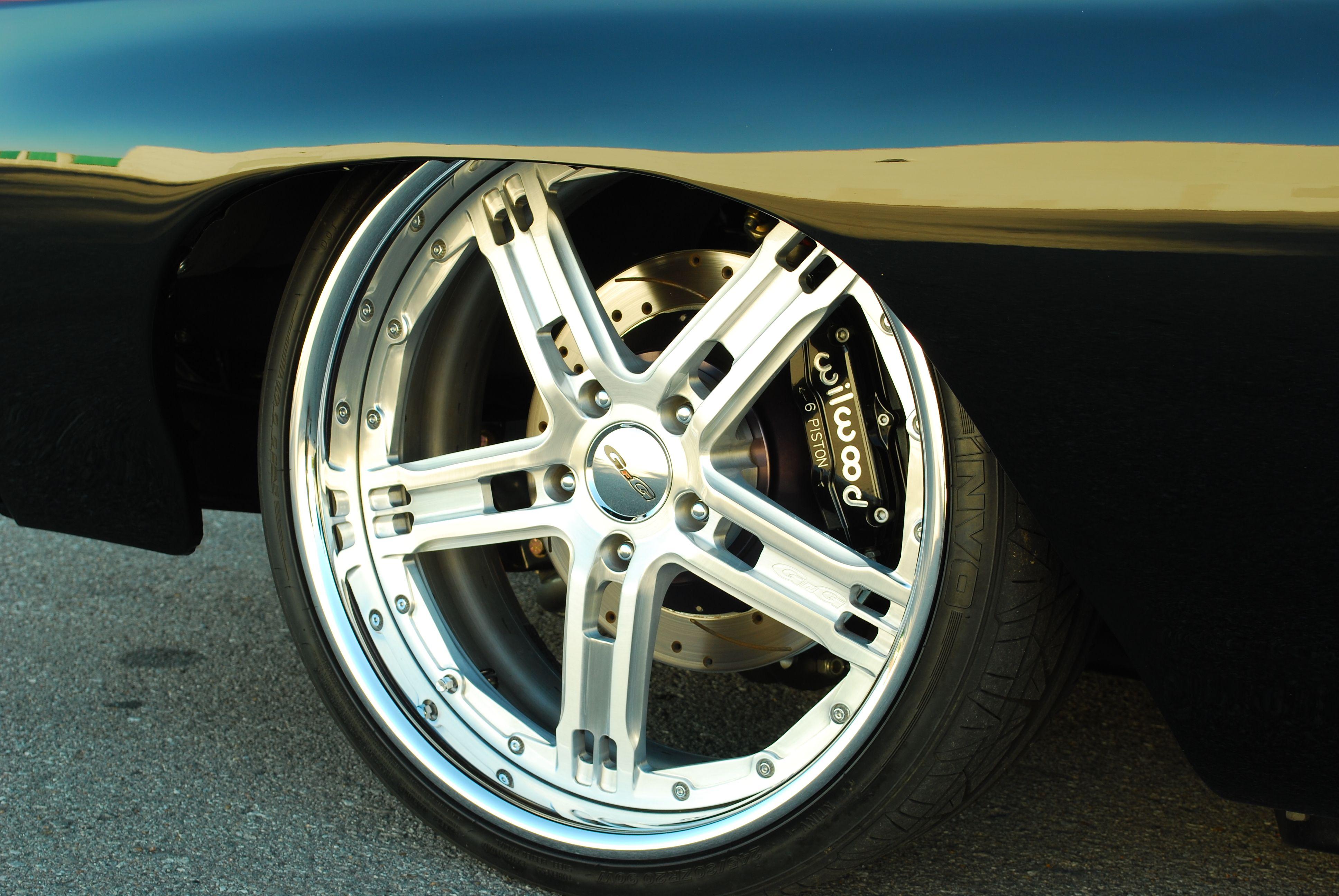 8-1970-chevrolet-pro-touring-chevelle-wheel