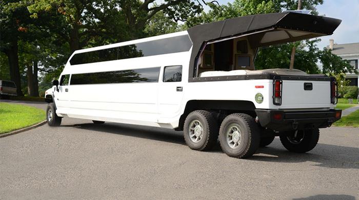 #13. Hummer Mega Bus Limo