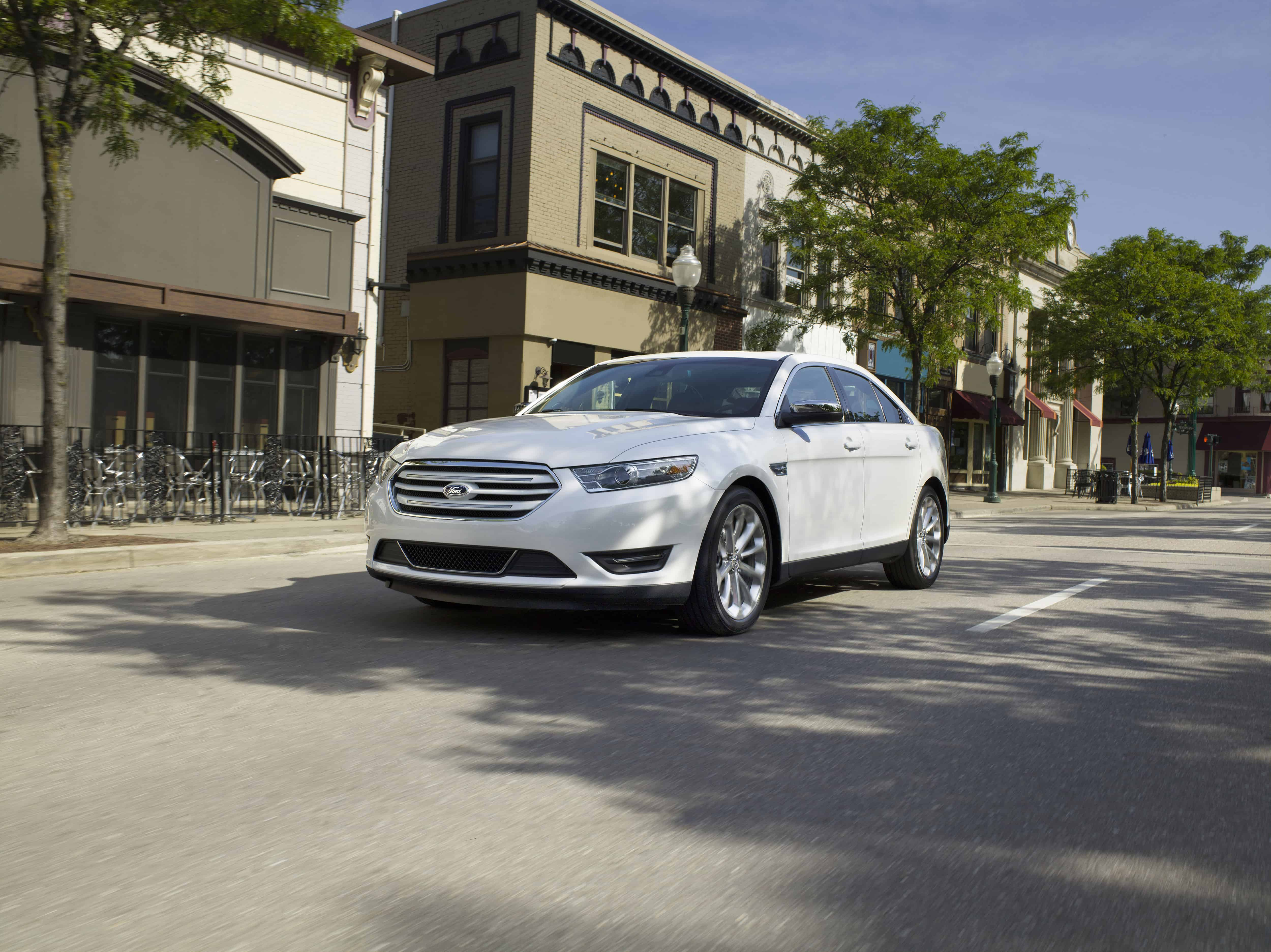 Best Long Lasting Cars - Ford Taurus
