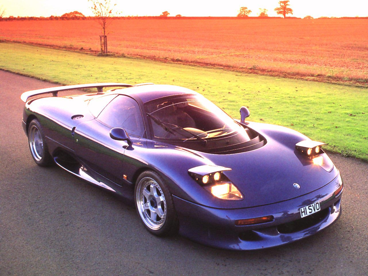 Forgotten 90s Supercars - 1990-jaguar-xjr-15