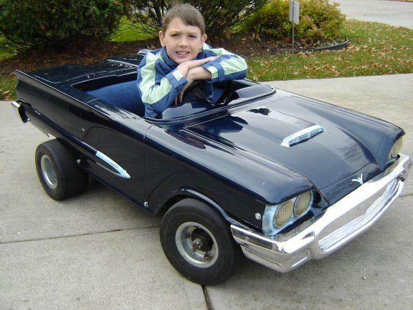 #3. Ford Thunderbird Replica