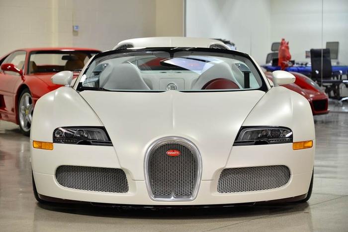 #6. Floyd Mayweather - Floyd's Bugatti Veyron Grand Sport