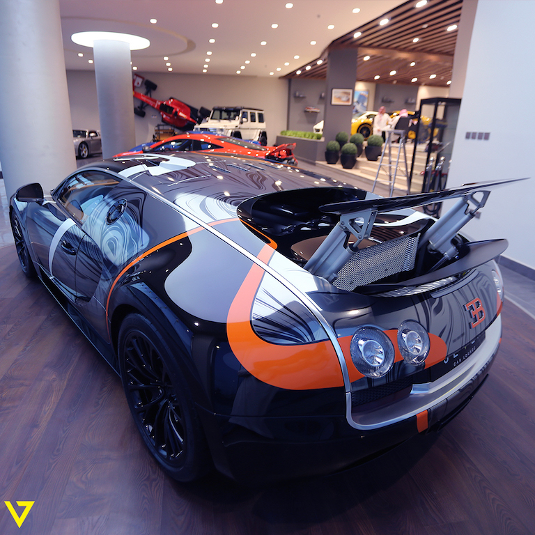 A Veyron with Artistic Flair is On Sale in Saudi Arabia (back)