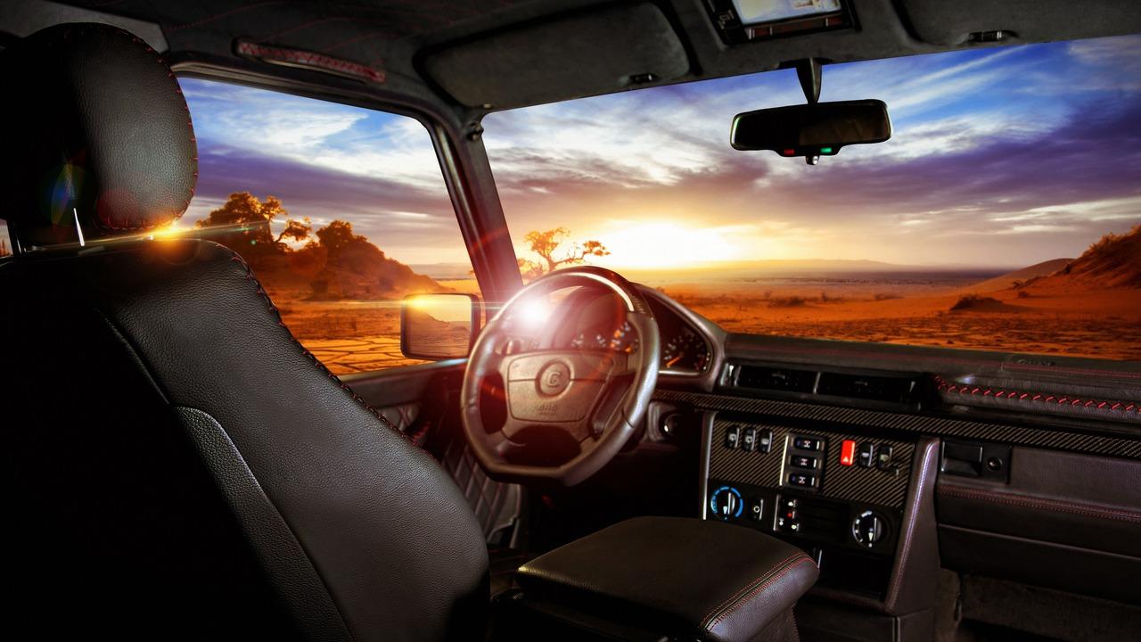 Carbon Motors Removes All Plastic Bits from Mercedes G-Class' Interior (interior)
