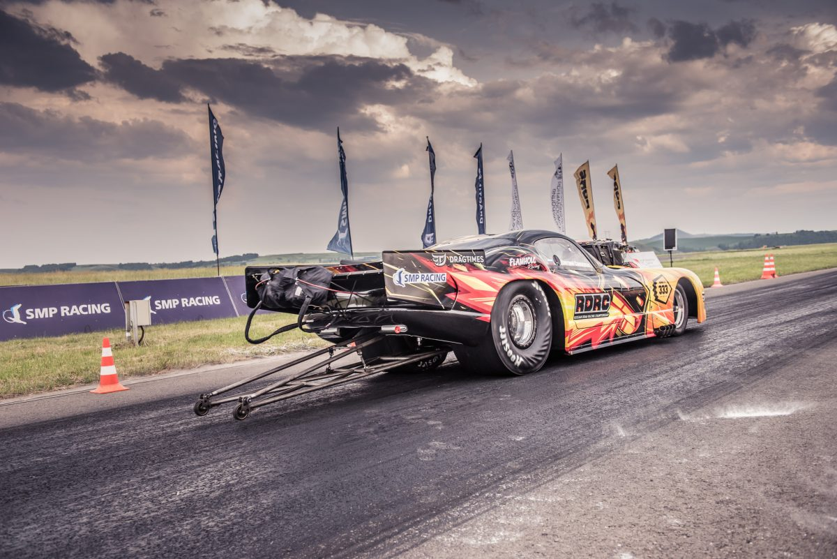 Dodge Viper Is Burning Up Russian Dragstrips Image 01