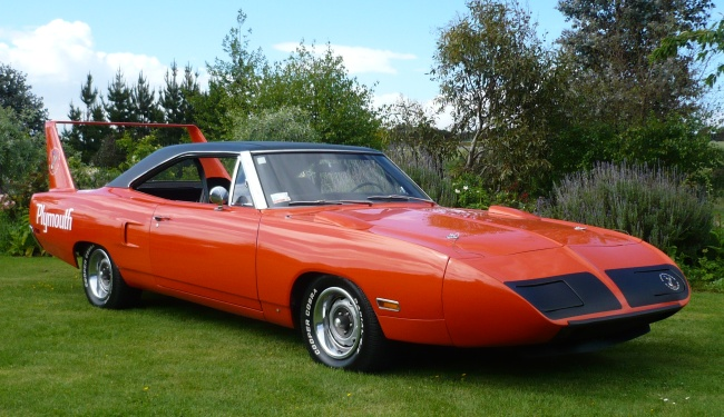 Fastest Classic Muscle Cars -Superbird