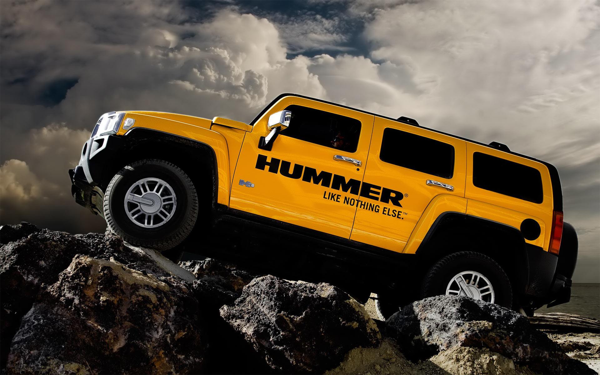 Classic SUV Models That Need Resurrecting - Hummer
