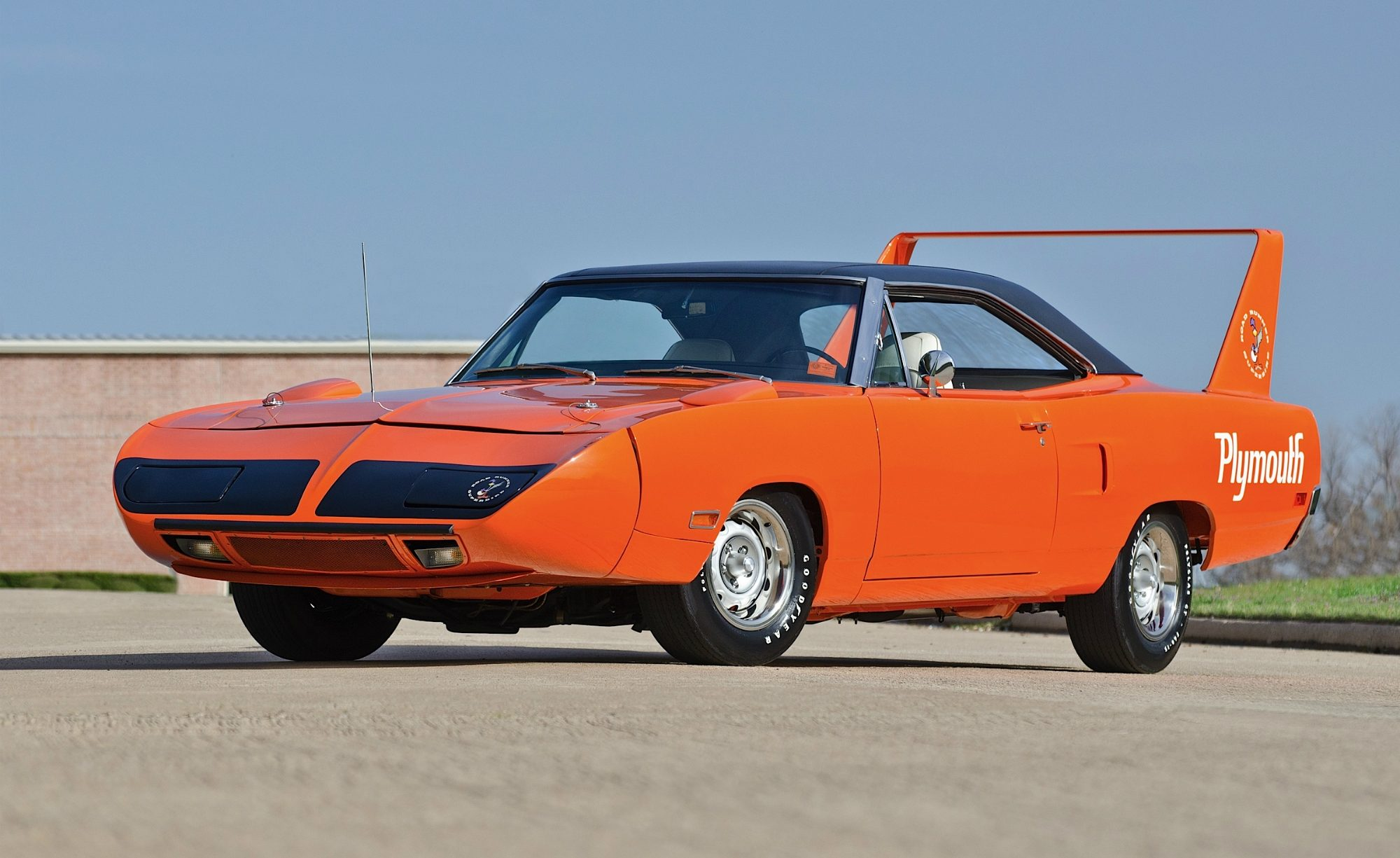 Cars With Pop Up Lights - Plymouth Road Runner Superbird