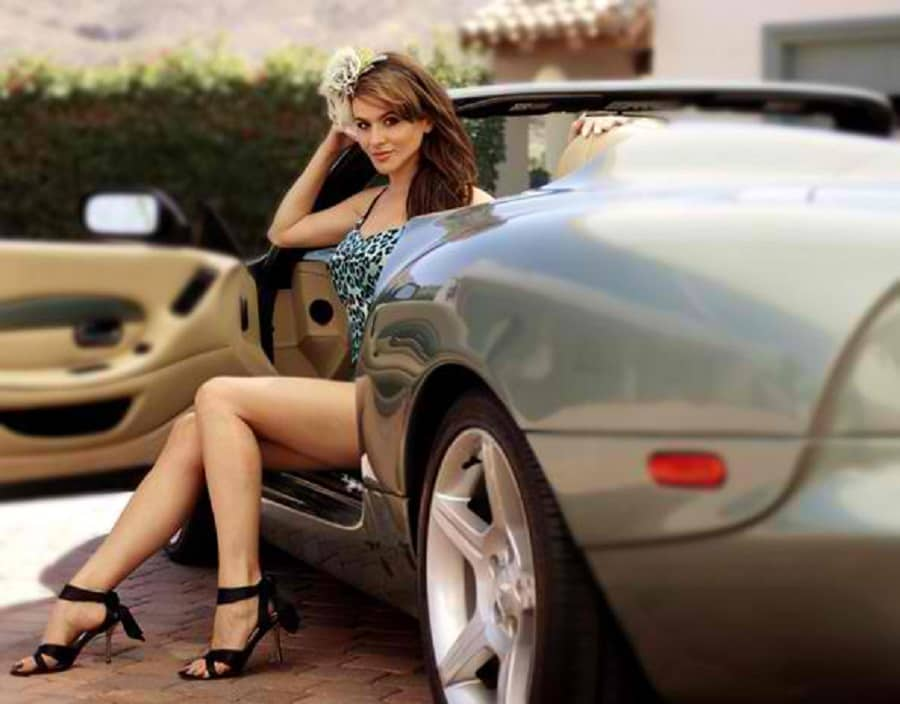 Setorii Pond is one of those hot celebrities with an epic car collection