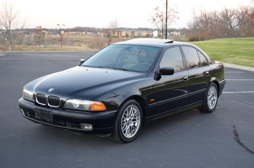 2000-BMW-540i