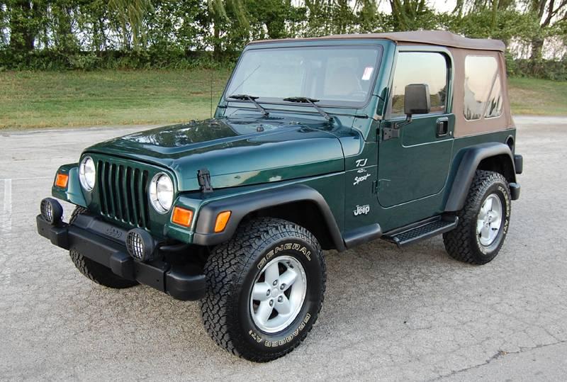 Badass Trucks & Cool SUVs - 2000-jeep-wrangler