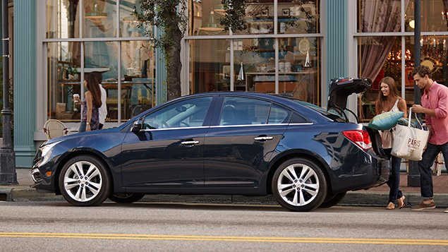 2016 Chevrolet Cruze Limited - $16,120
