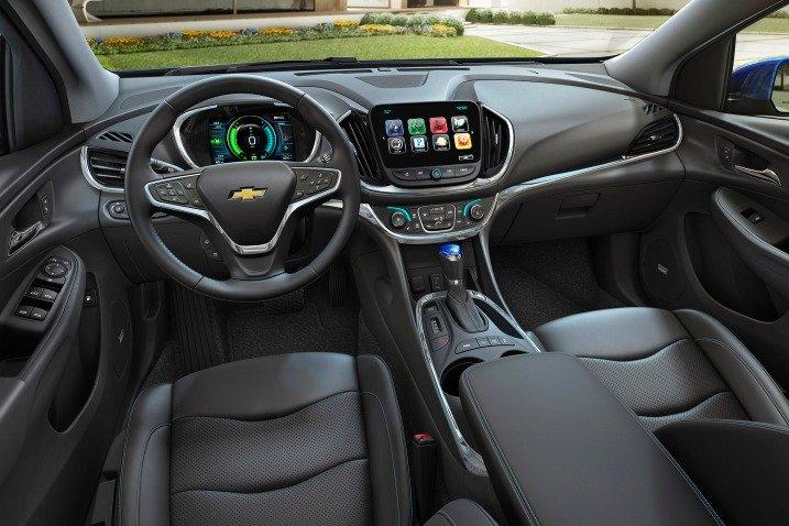 2016 Chevrolet Volt - Image 02