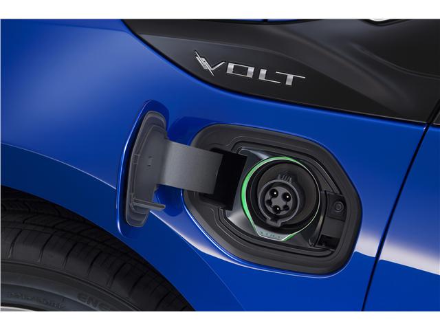2016 Chevrolet Volt - Image 03