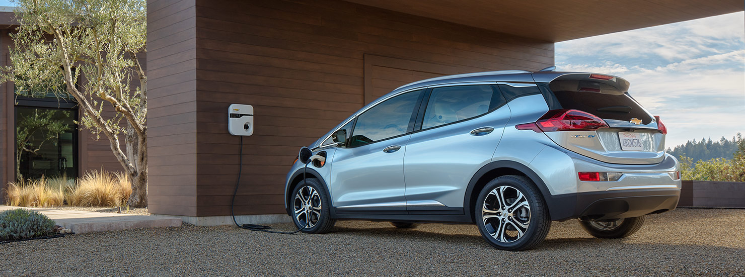 2017 Chevrolet Bolt - Image 02