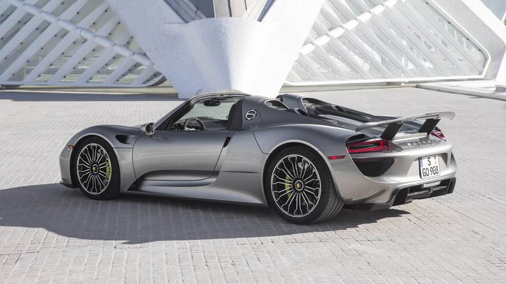 Liquid Metal Paint for a Porsche 918 Spyder Costs $63,000