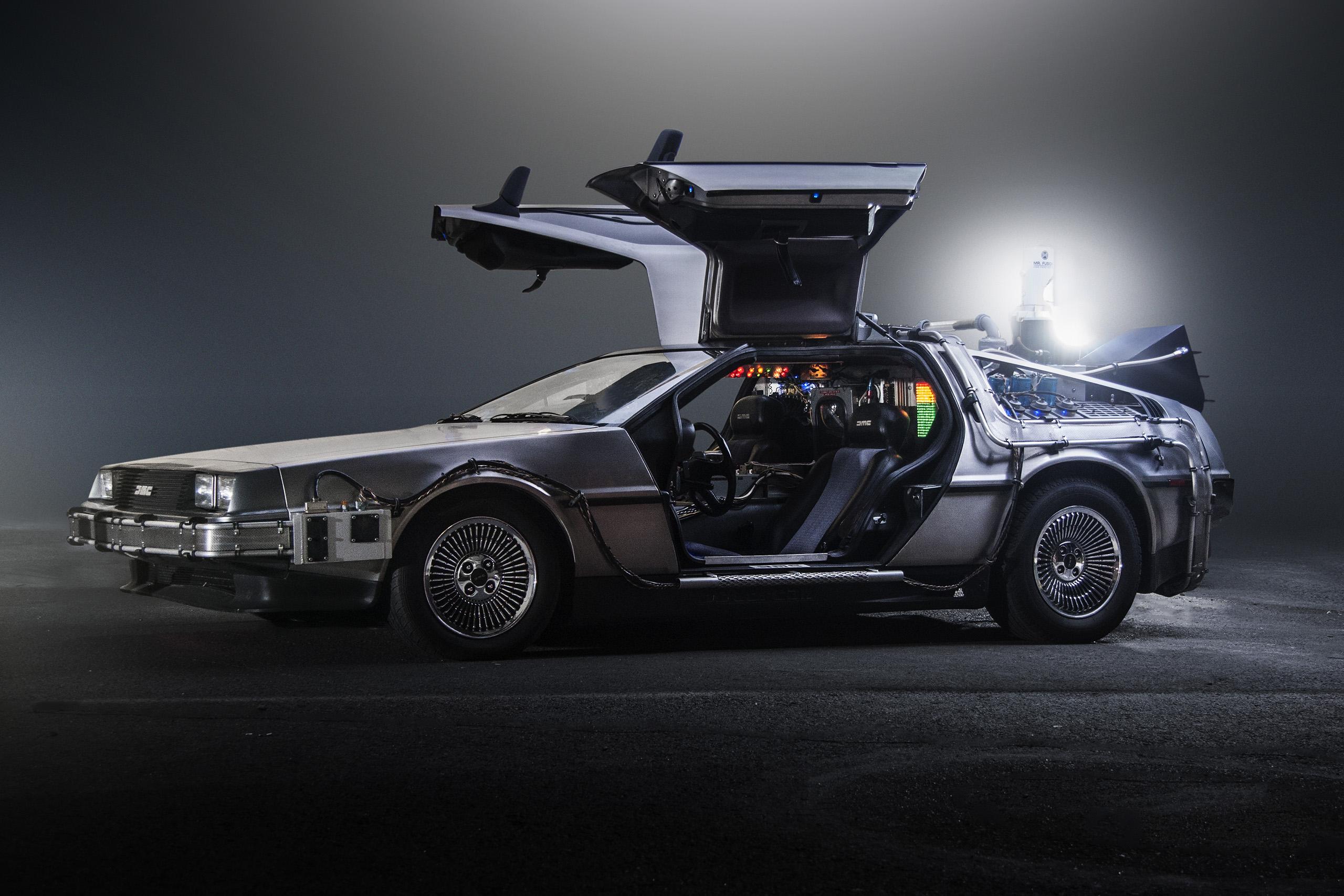 'TeamTimeCar.com' Back to the Future DeLorean Time Machine