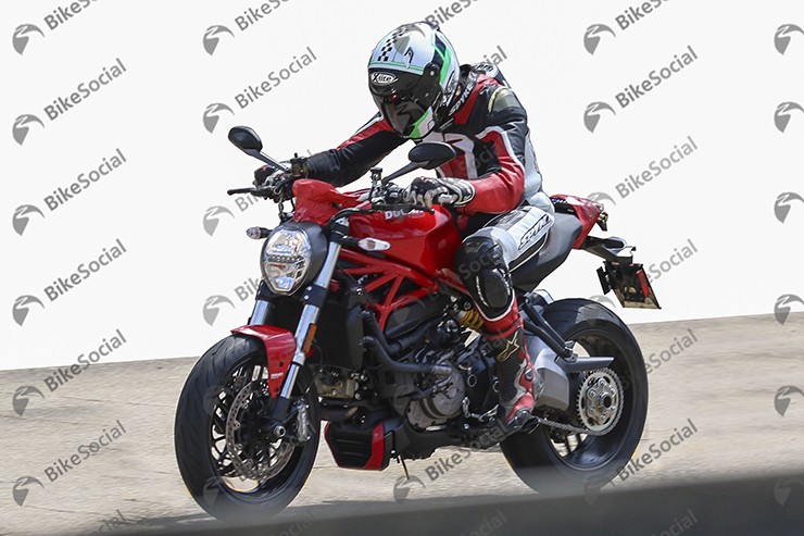 Spy Shot Ducati Monster 4