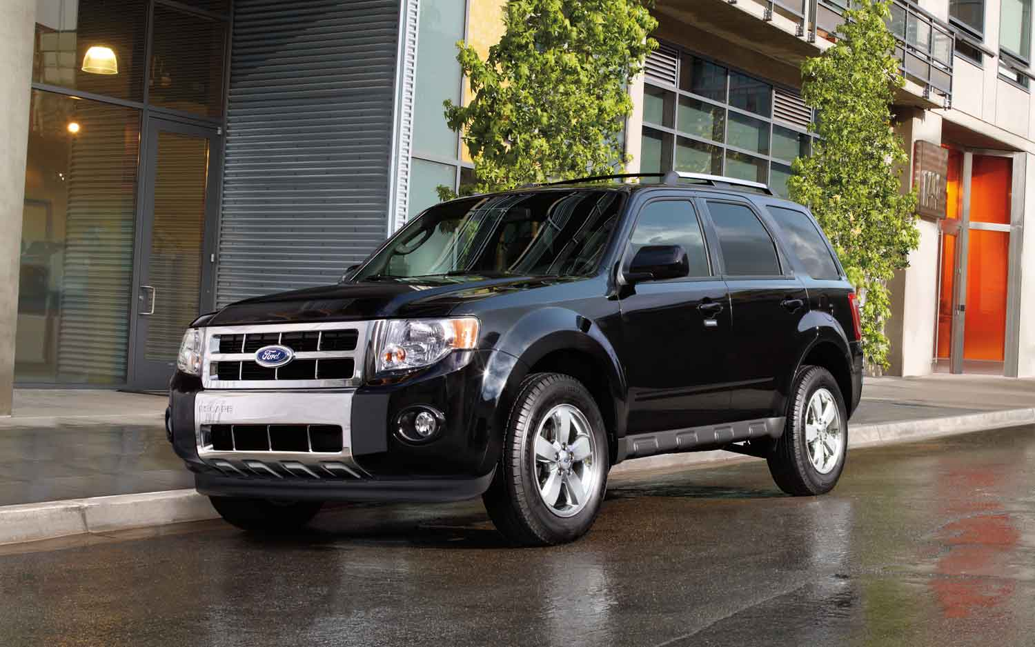 Facelift Cars - 2012 Ford Escape-front-view
