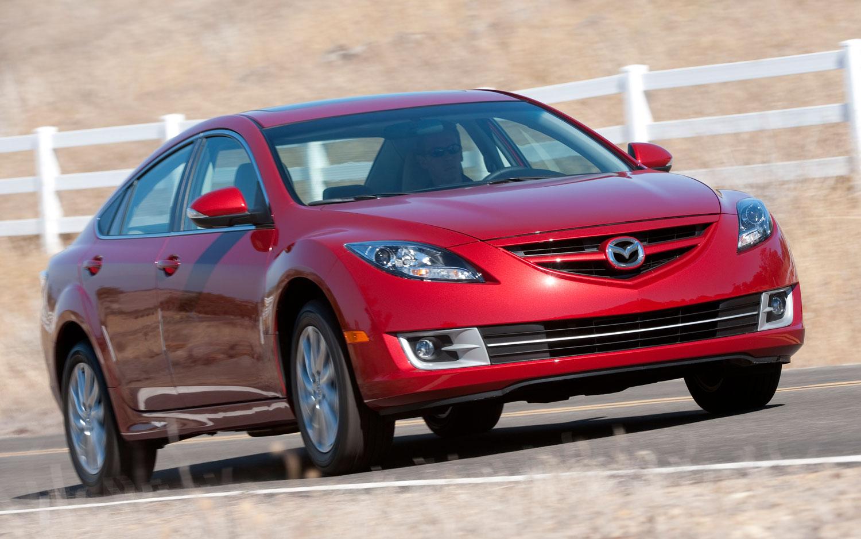 Facelift Cars - 2012 Mazda 6 front-three-quarter-motion
