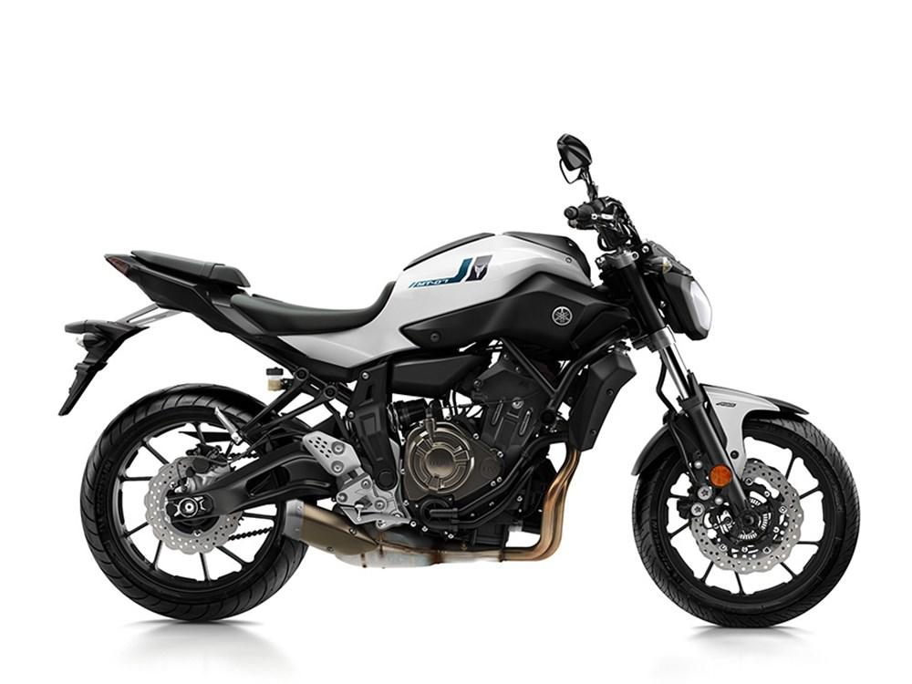 Yamaha R1 M News 3