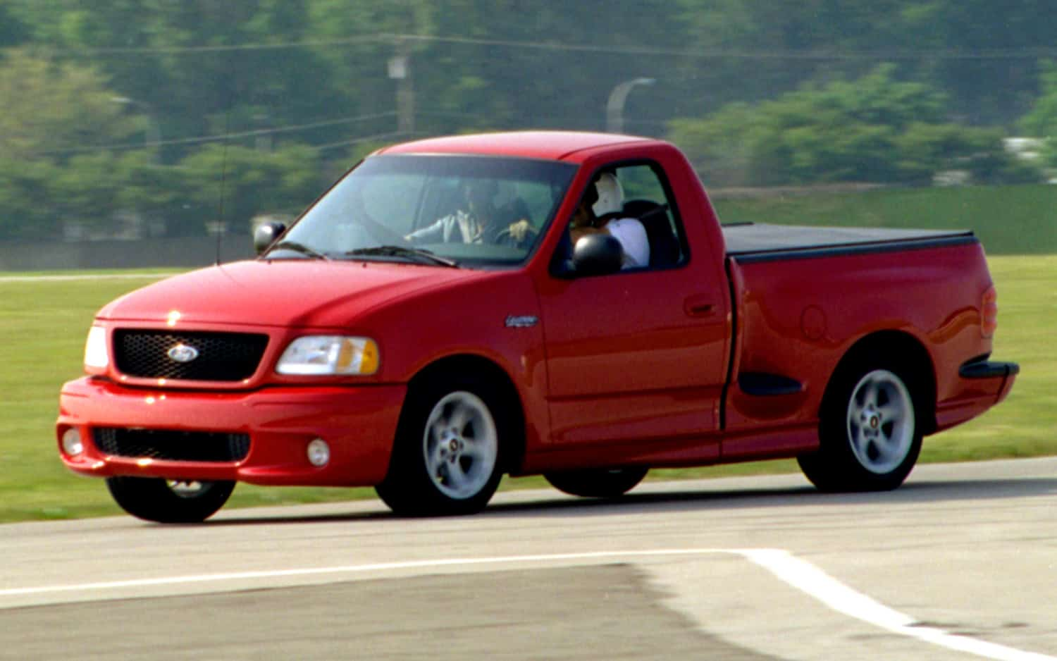 15 Of The Most Outrageously Great Pickup Trucks Ever Made 2003 Ford F150 L V8 Top Ten 1999 Lightning