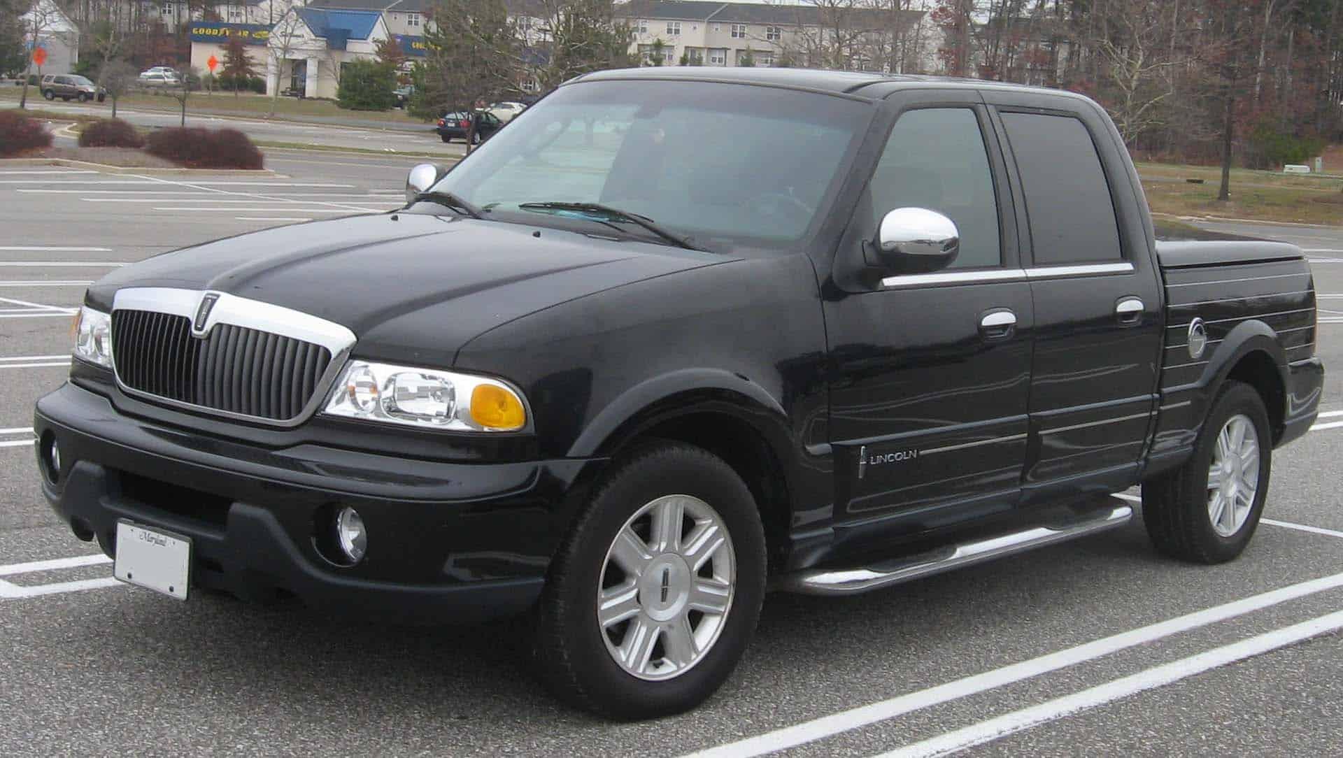 top ten pickup trucks - 2002_lincoln_blackwood