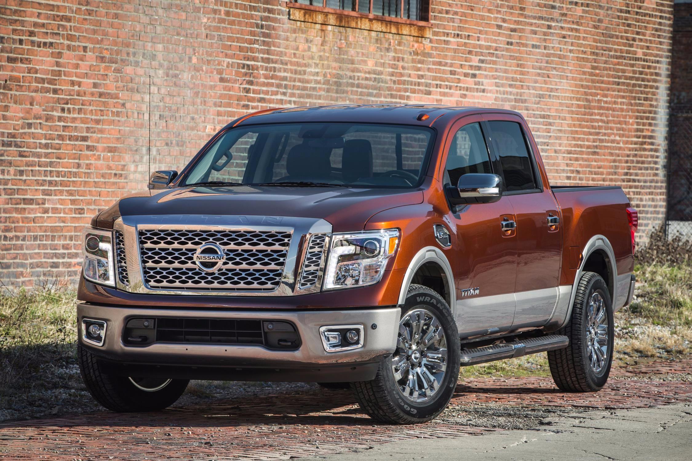 most expensive truck - 2017_nissan_titan_crew_cab