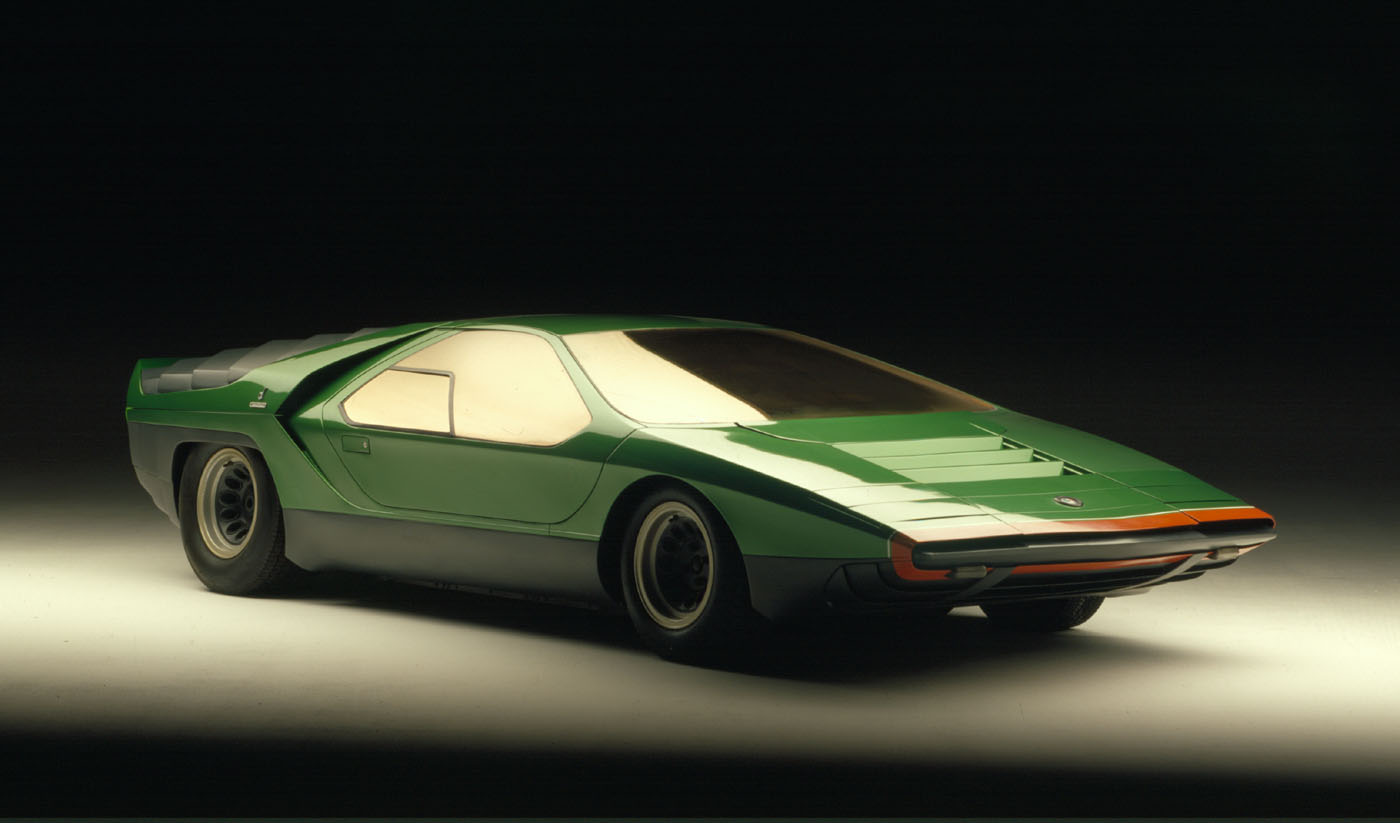 The Wedge Car - Alfa Romeo Carabo