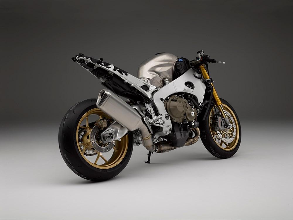 Honda CBR1000RR SP1 &SP2 5