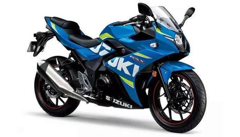 Suzuki GSX-R250 & Suzuki V Strom 250 2