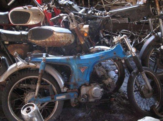 New York Motorcycle Graveyard 13