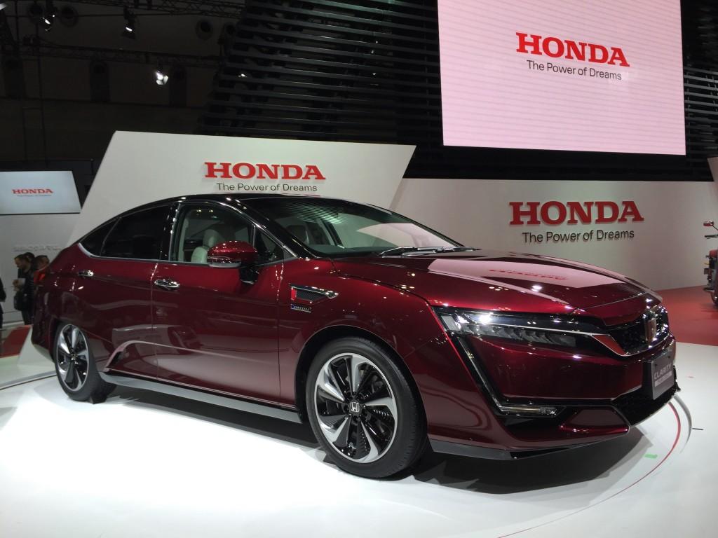 honda-clarity-fuel-cell-2015-tokyo-motor-show_100531917_l
