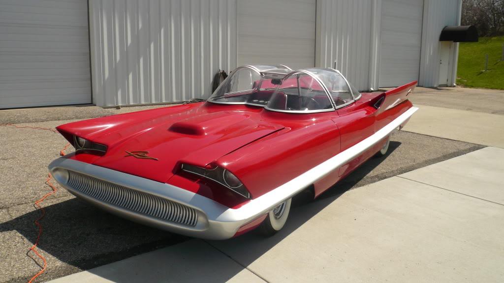 Concept Cars - Lincoln Futura