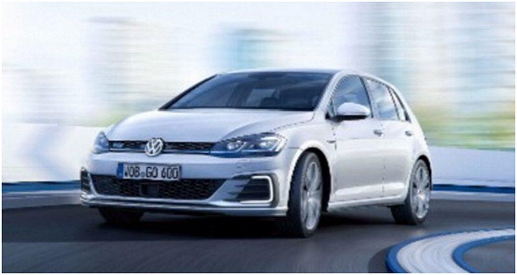 VW Golf Facelift Front 3/4