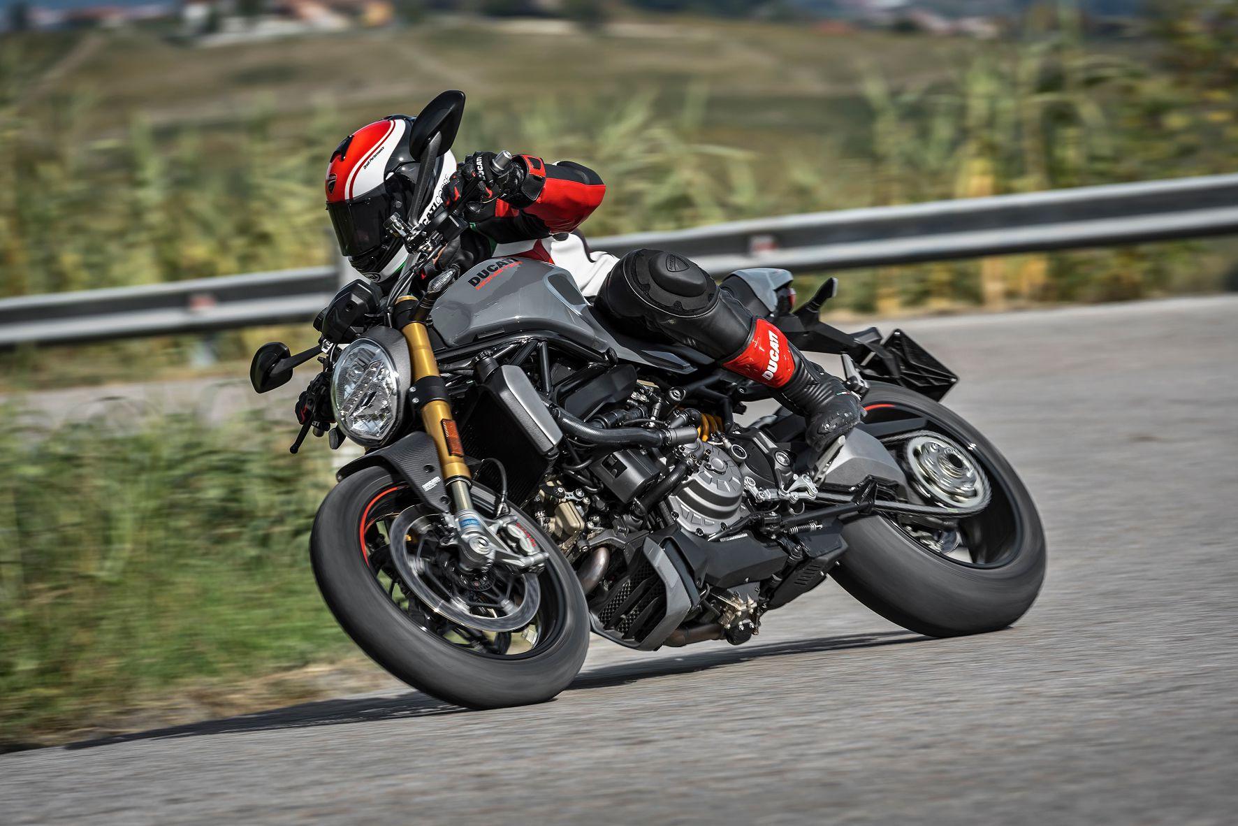 New Ducati Monster 1200s 4