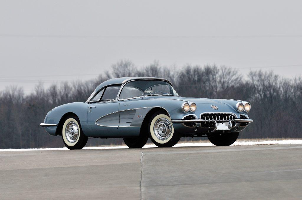 chevrolet_corvette_283_290_hp_fuel_injection_silver_blue_9
