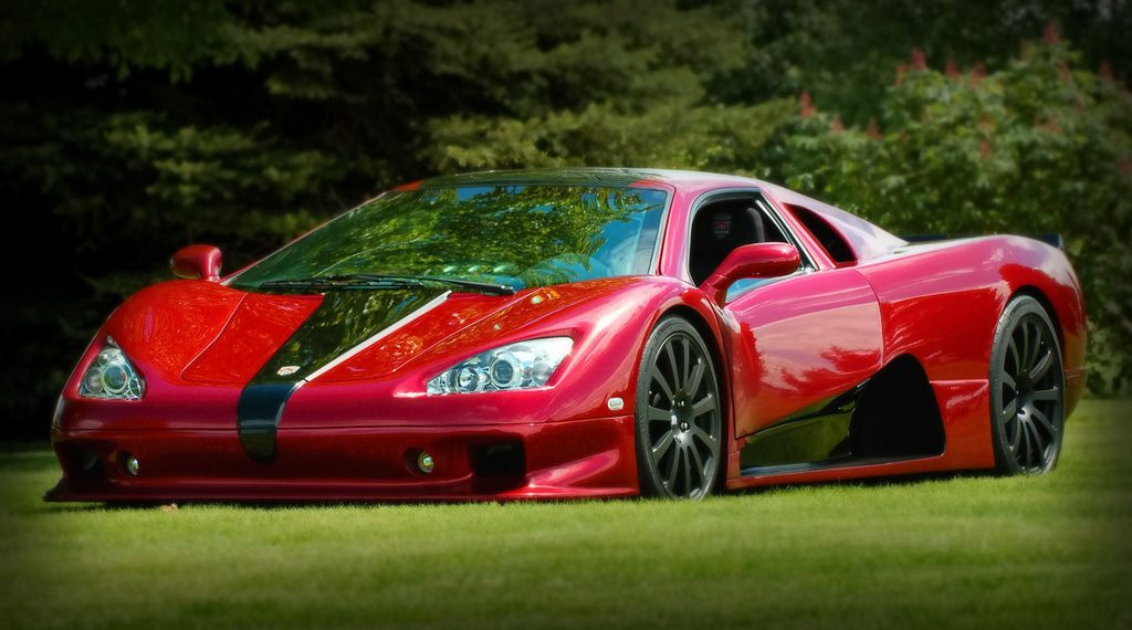 ssc-ultimate-aero-red-side-view
