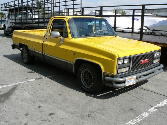 Optional Equipment Included Driving Lights A Sunroof And Rollbar In Sport Truck
