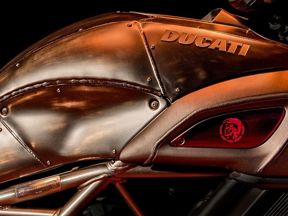 Ducati Diavel Diesel 2
