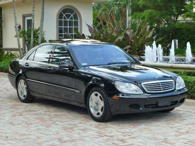 V12 Engine Cars - Mercedes-Benz S600 (W220)