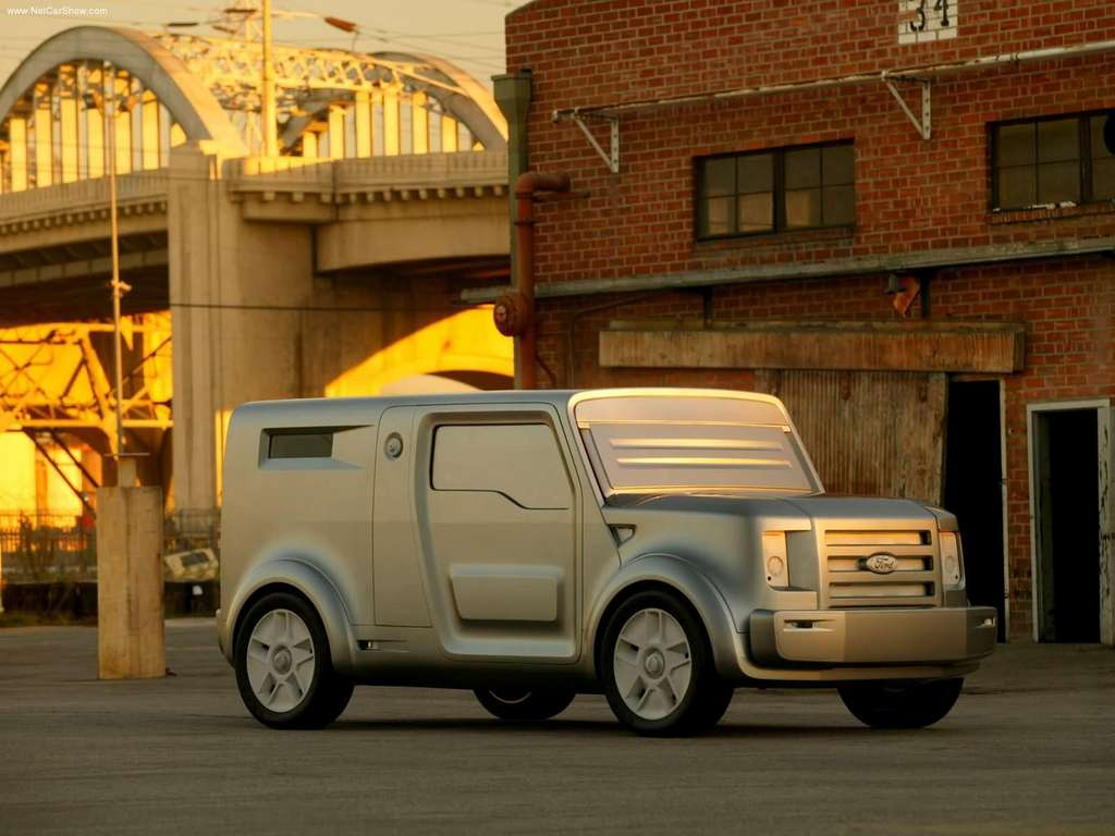 Worst Concept Cars - Ford SYNus