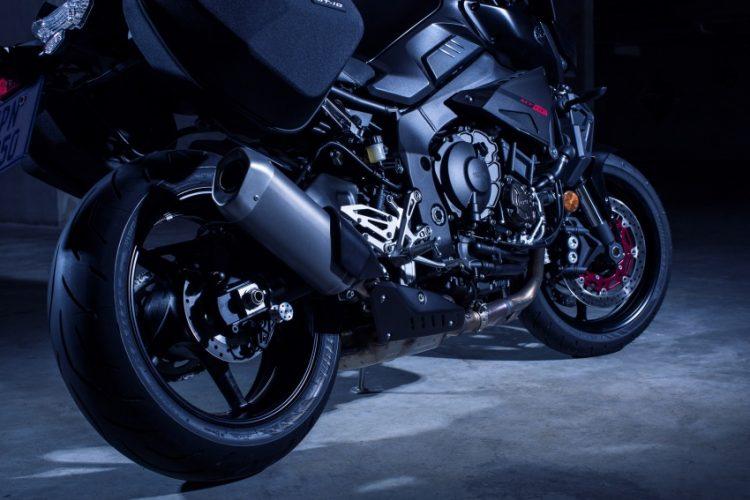 2017 Yamaha FZ-10 SP Tourer 5
