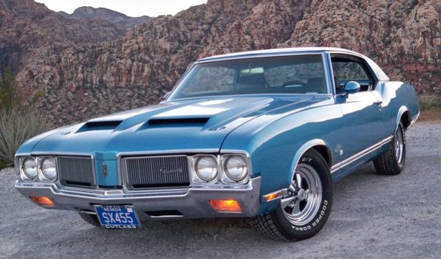 Classic Luxury Muscle Cars - Oldsmobile Cutlass Supreme SX