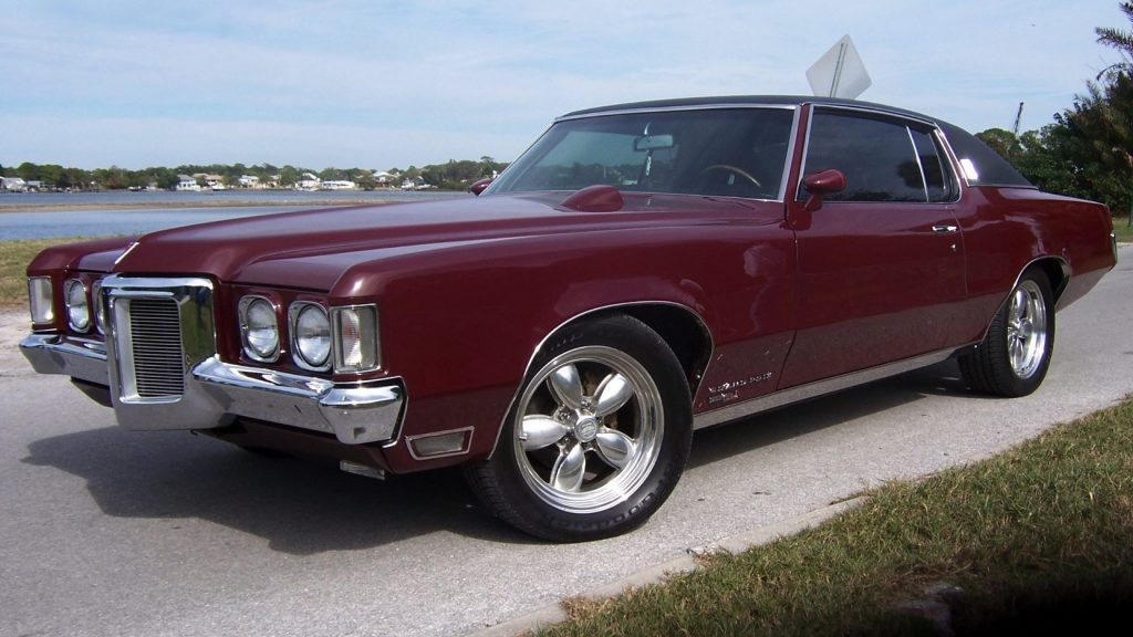 Top 10 Best and Most Powerful Luxury Classic Muscle Cars