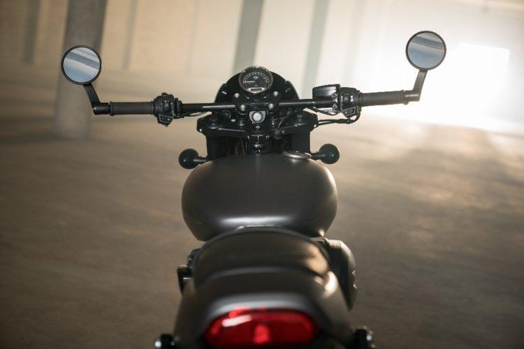 Harley Davidson Street Rod 750 6