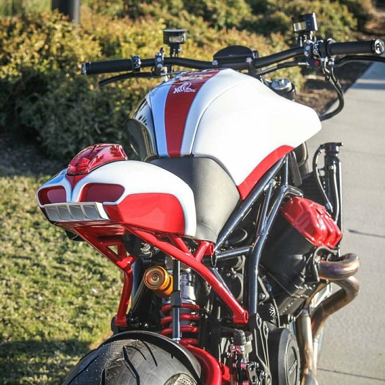 Fuller Moto Motus V4 6