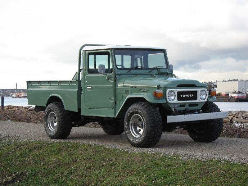 Old Truck Restoration - 1960-1984 Toyota FJ45 Pickup