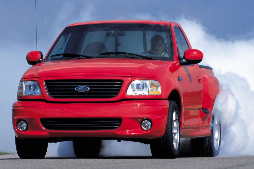 1999 Ford SVT F-150 Lightning - Muscle Truck